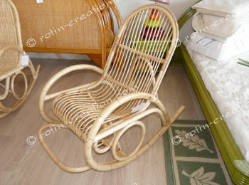 Rocking Chair 985 rotin avec écorce